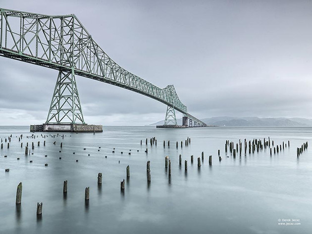 astoria_bridge_by_derek_jecxz.jpg