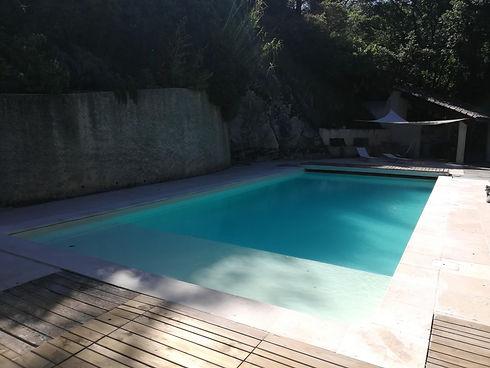piscine monteaulieu.jpg