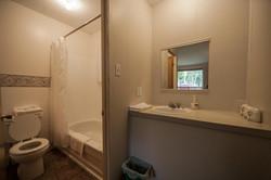 Economy Room with Garden View-salle de bain