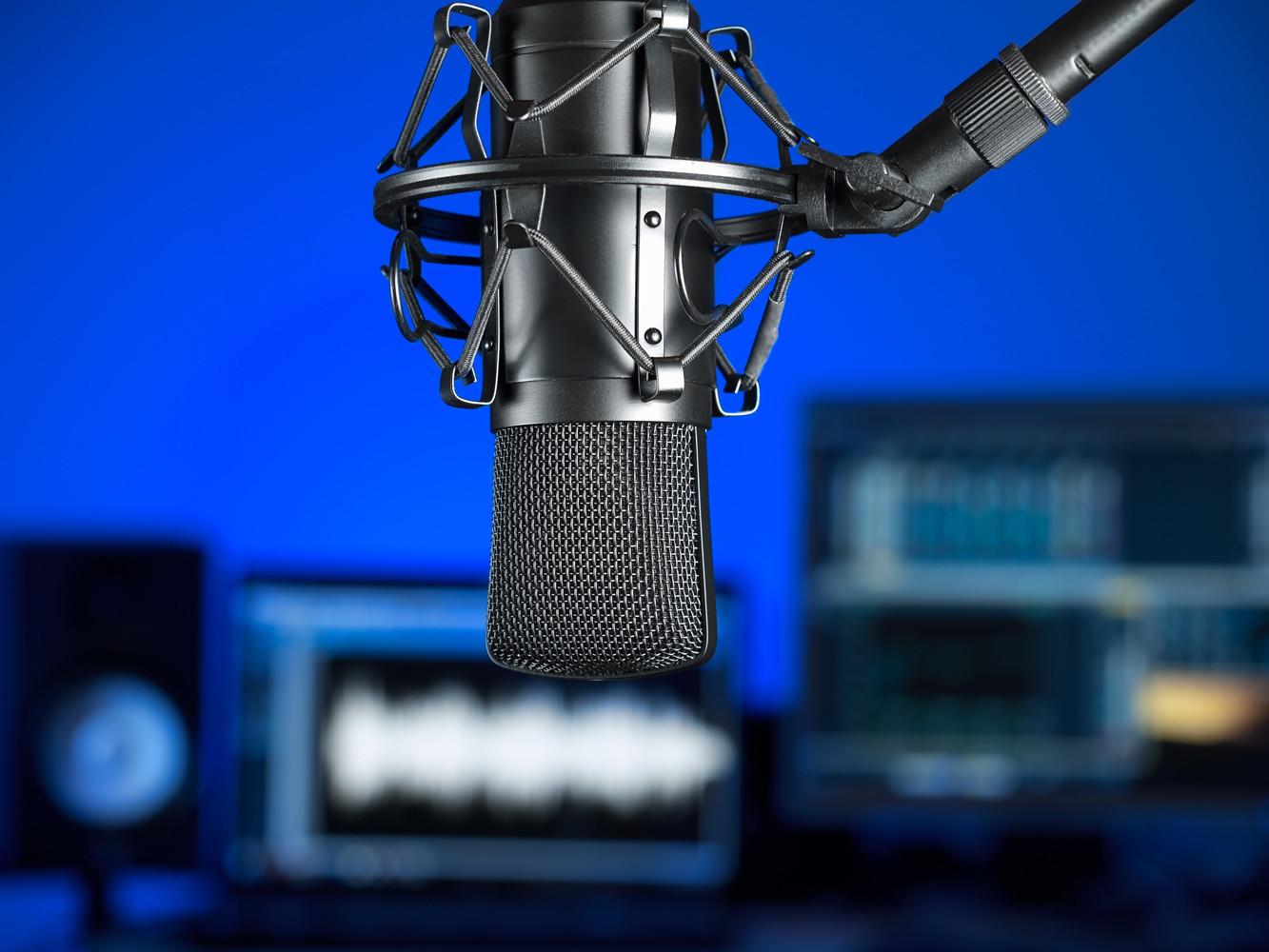 Medios y radiodifusión