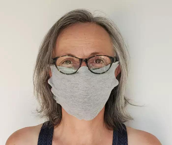 Joli masque pour adulte.