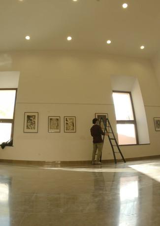 Montando la exposición en el C.C. Monasterio San Jerónimo