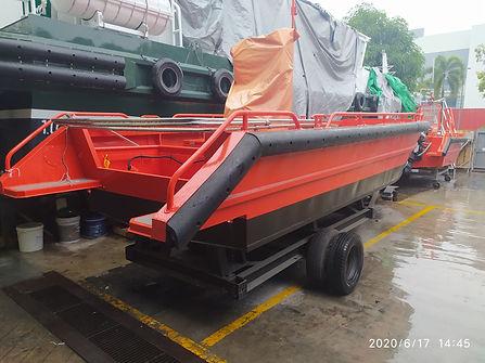 Centurion 24 workboat