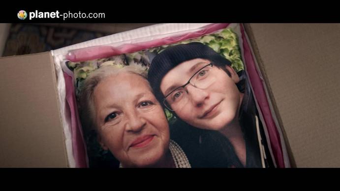 "Pub TV Planet Photo : ""La Mamie"""