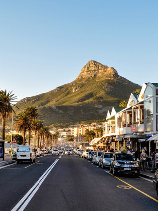 camps-bay-village-attractions-the-promen