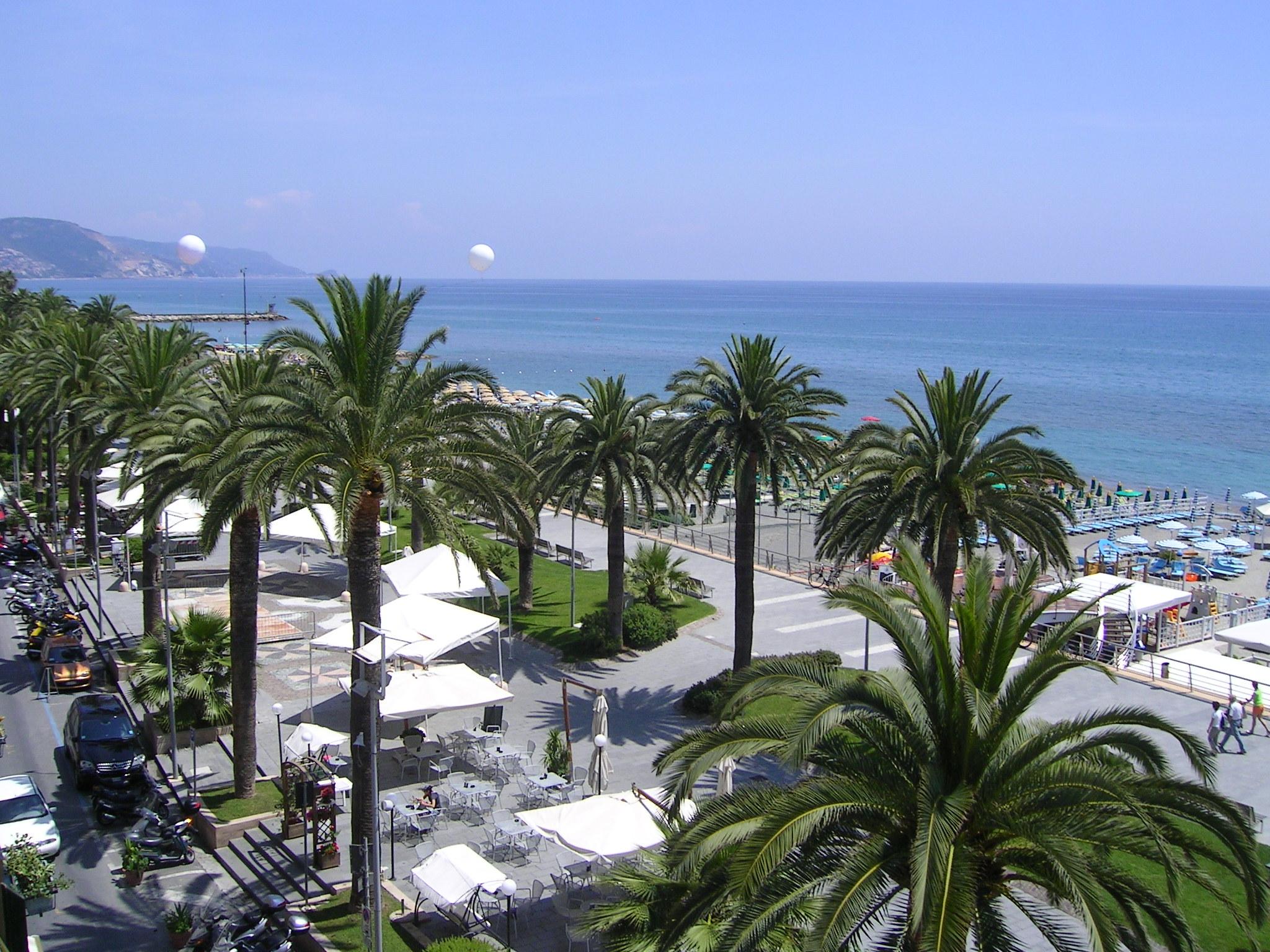 Riviera (9).jpg