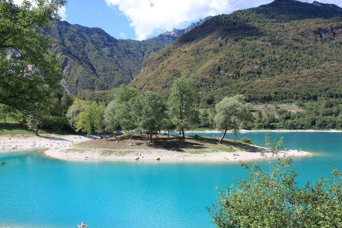Lakes (15).JPG