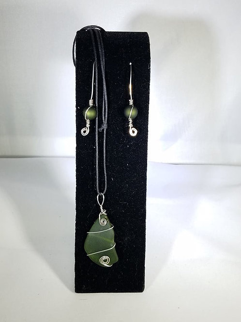 """""""Put A Cork In It"""" Glass Necklace and Earring Set"""
