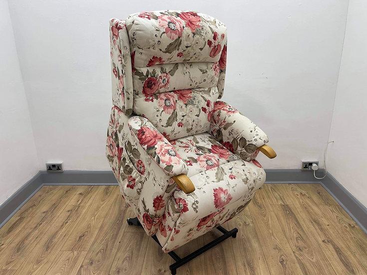 HSL Riser Recliner Chair, Aysgarth  - Dual Motor (Standard)