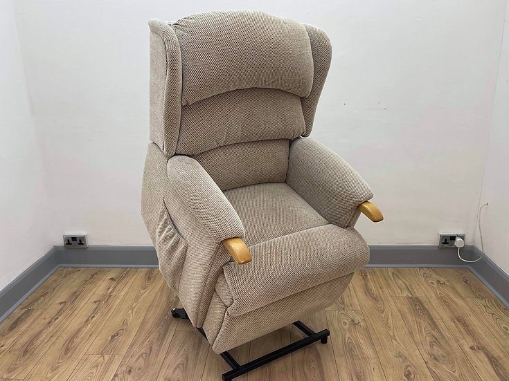HSL Riser Recliner Chair Aysgarth  - Dual Motor Riser (Standard)