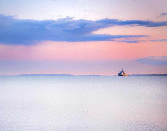 Solitary Ship, Estonia