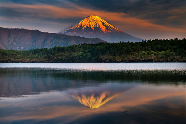 Glowing Mount Fuji, Japan