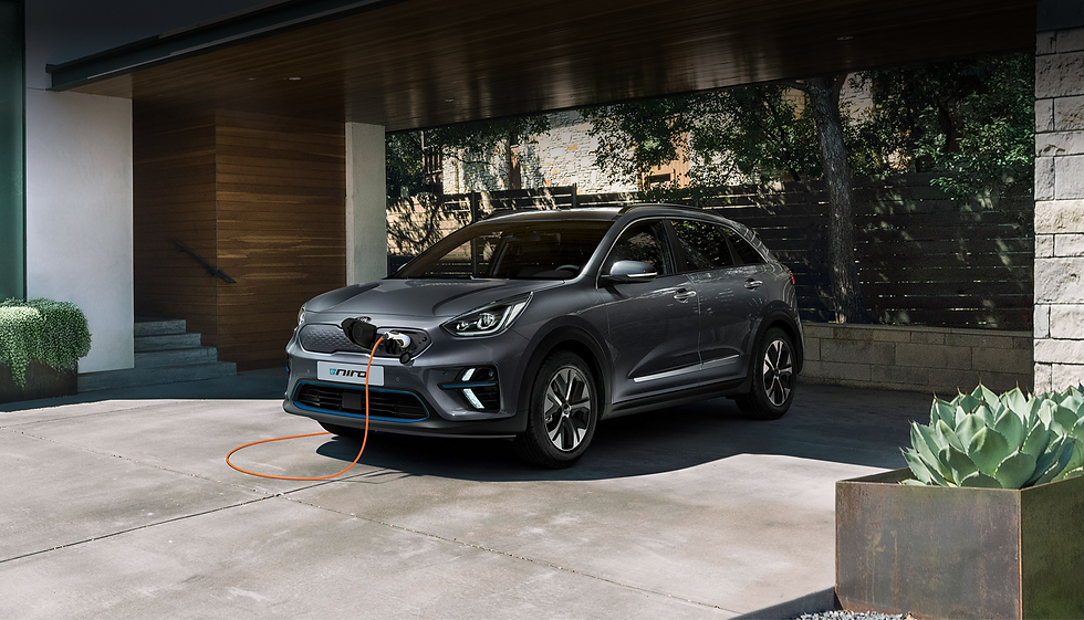 Découvrez le e-Niro dans votre concession automobile Kia Martinique, une voiture électrique offrant une garantie de 5 ans.
