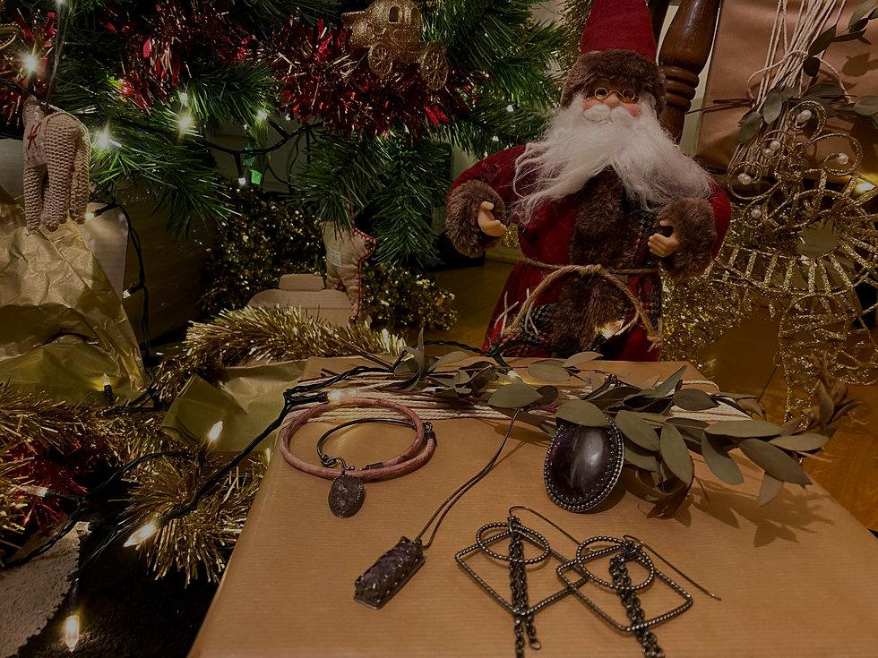 santa-charms_edited.jpg