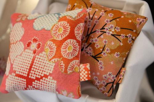 Sachets de lavande rose et jaune - tissus japonais - Sylvie Guieysse Pillows