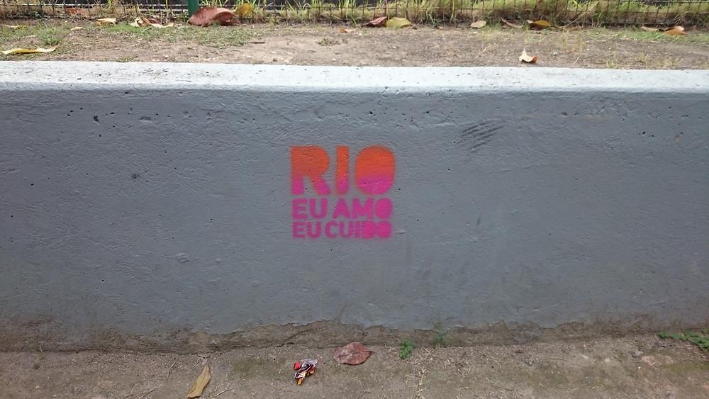 Stencil del Movimiento Rio Eu Amo Eu Cuido