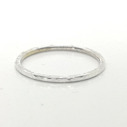 Stackable hammered ring in Sterling Silver, 1.5 mm