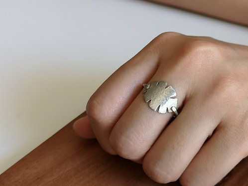 Tropical Leave Ring in Sterling Silver, 1.5mm