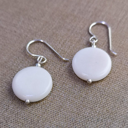 Moon Medium earrings