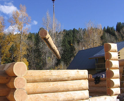 Handcrafted log home by Pagosa Springs home builder and contractor, Silver Creek Custom Homes LLC