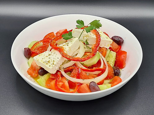 G21 / Griechischer Salat (mit Weißbrot)