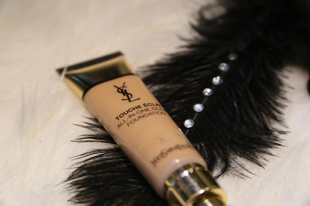 Yves-Saint-Laurent-Touche-Éclat-All-In-One Glow.jpg