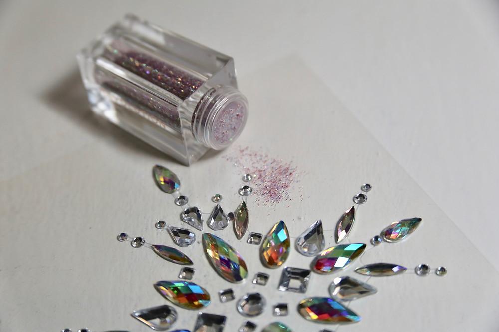 Makeup-Revolution-Glitter-Bomb.jpg