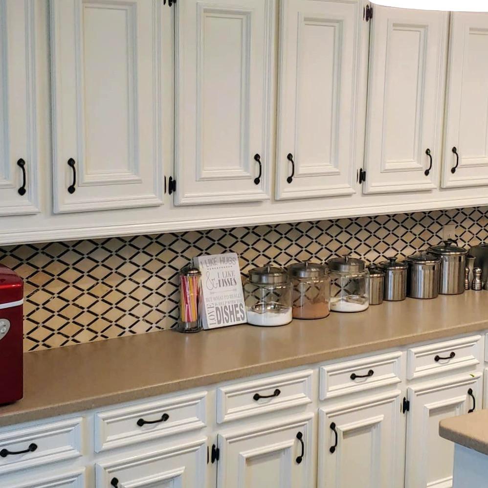 Cabinets & backsplash complete!