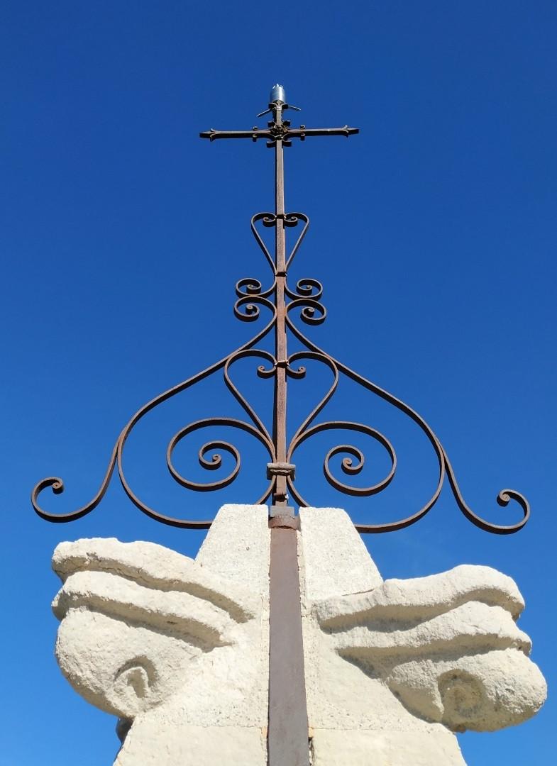 Venasque Croix