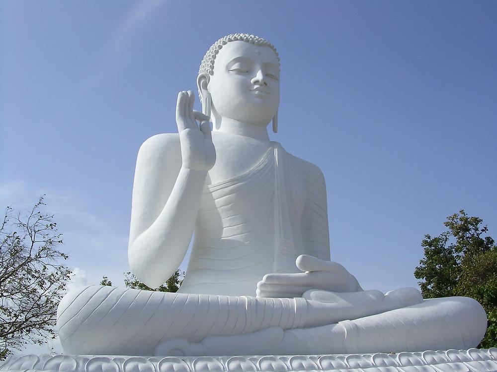 Buddha Statue בודהיזם