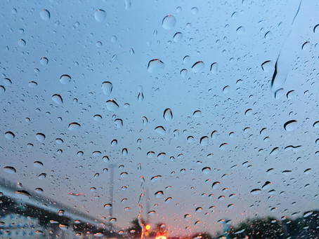 Summer rain and hail in Dubai