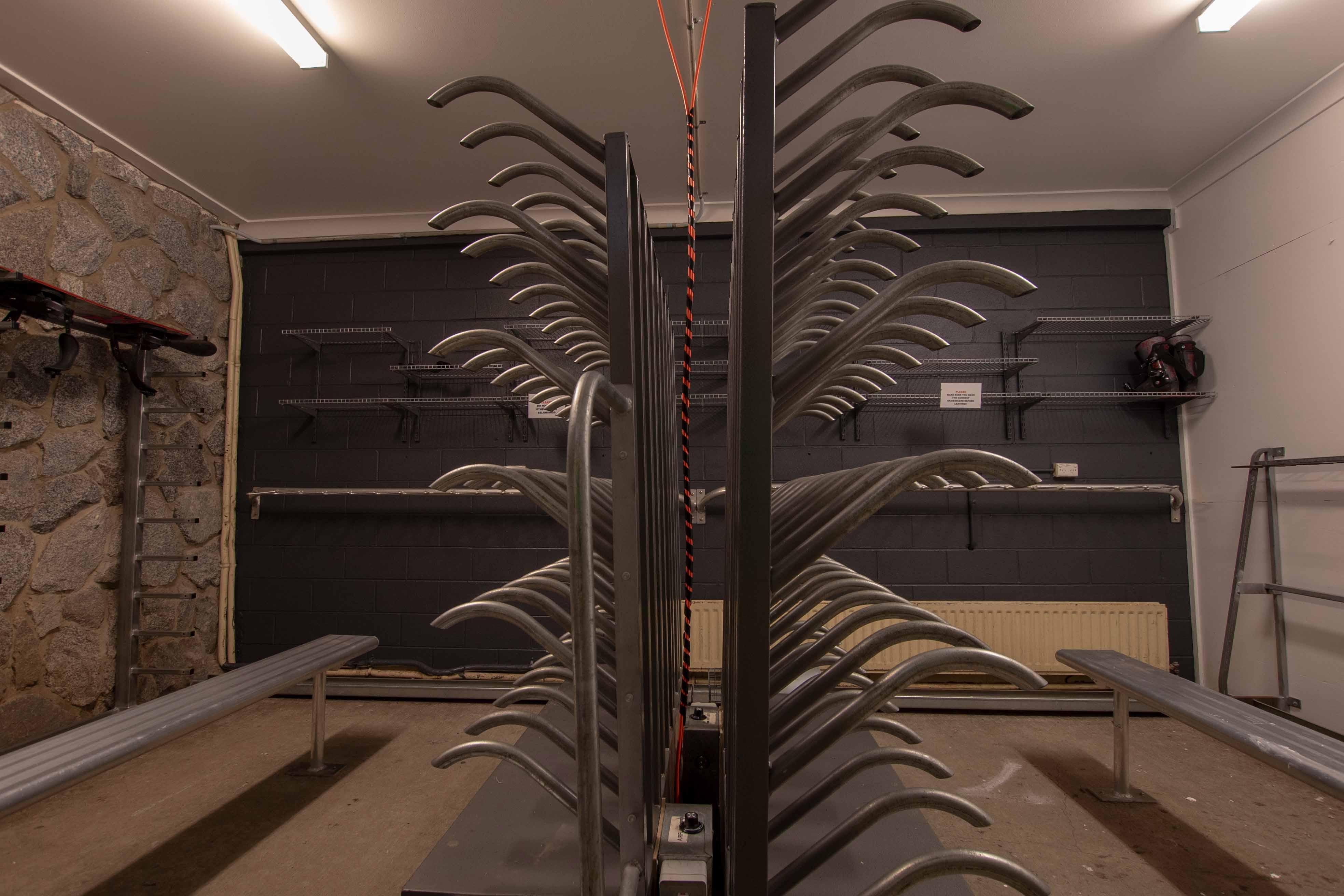Ski room 2