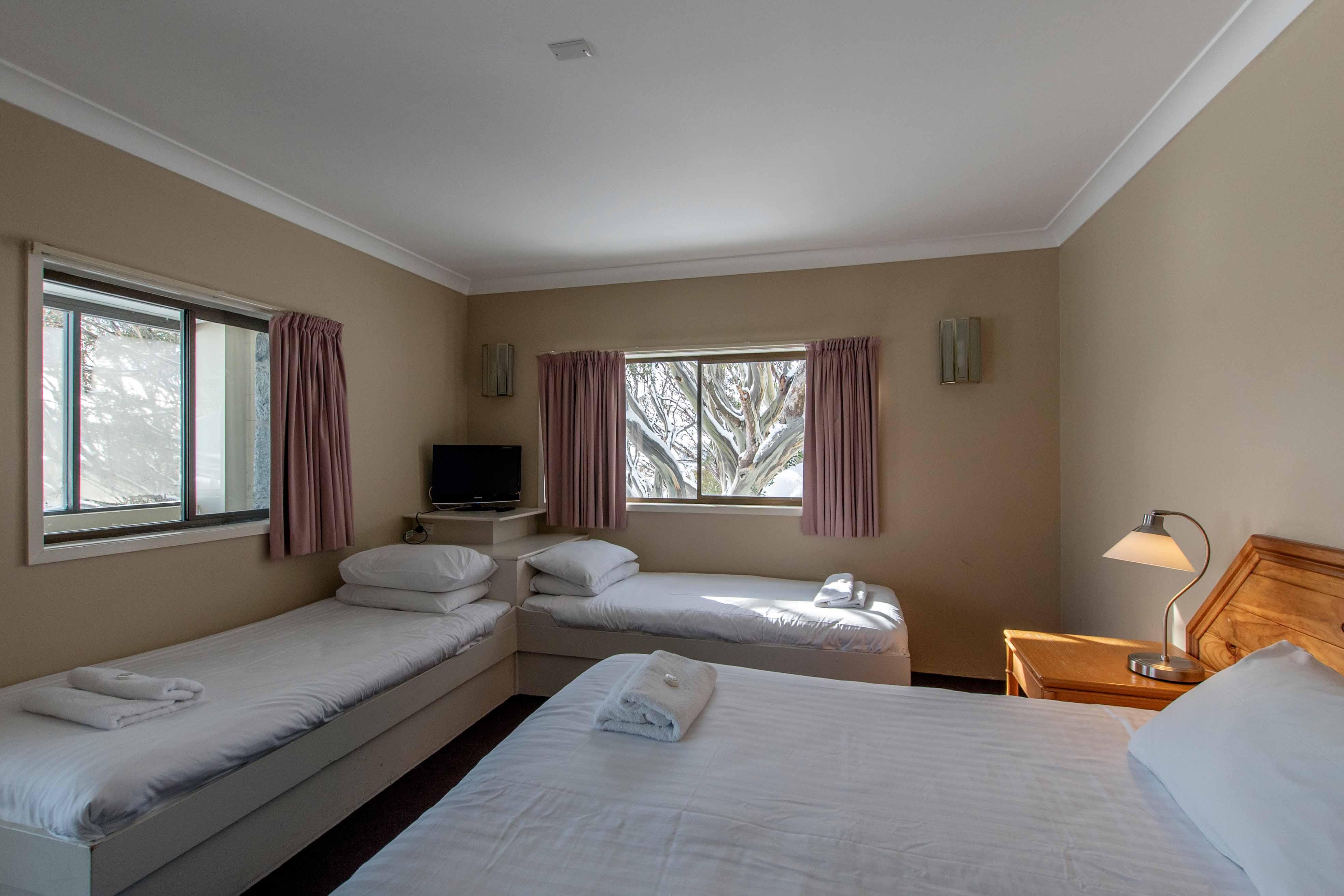 Matterhorn bed b
