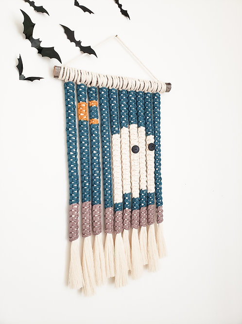 Cute Sp👀ky Macrame Wall Hanging