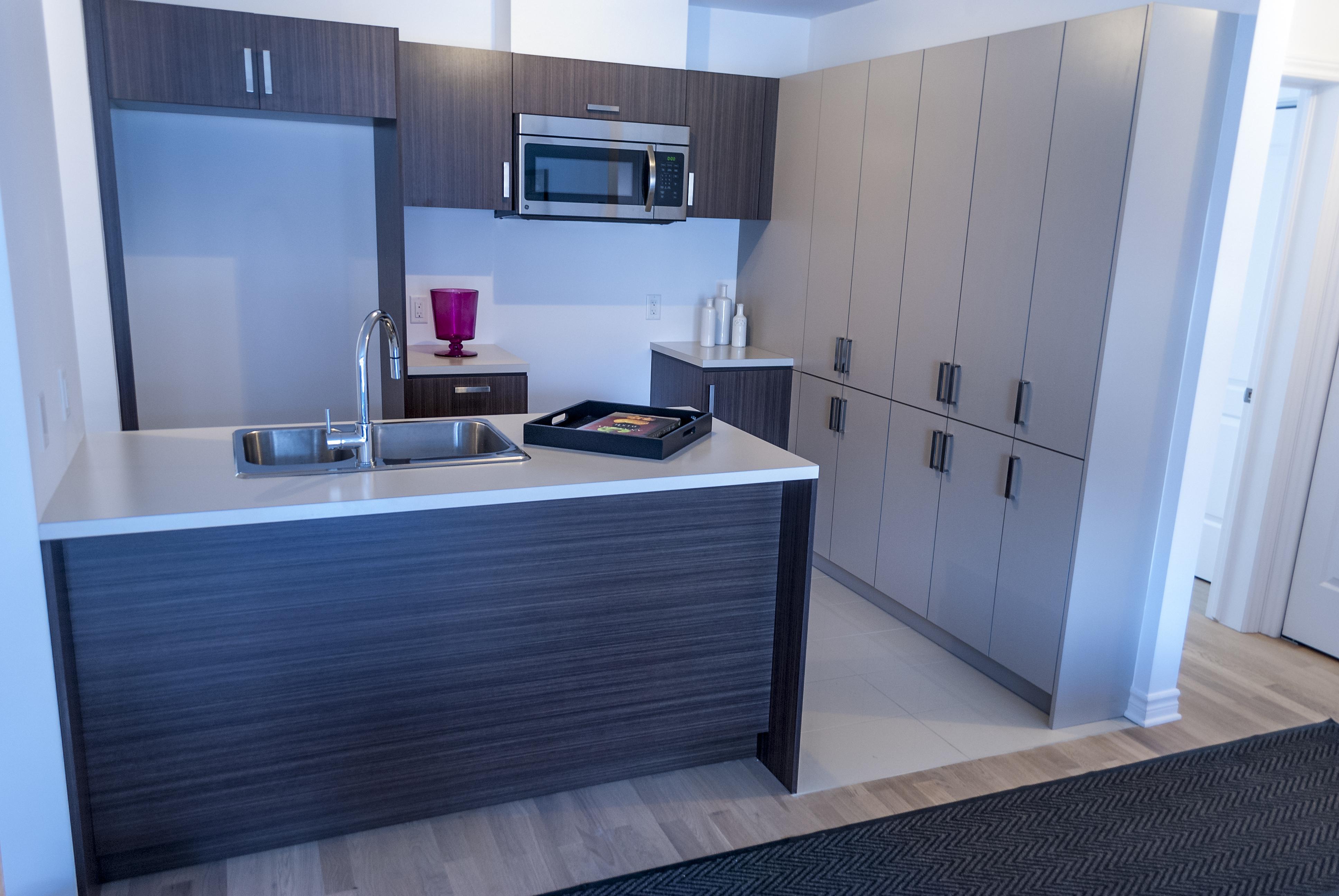 MV3 Apartment Shoot-5.jpg
