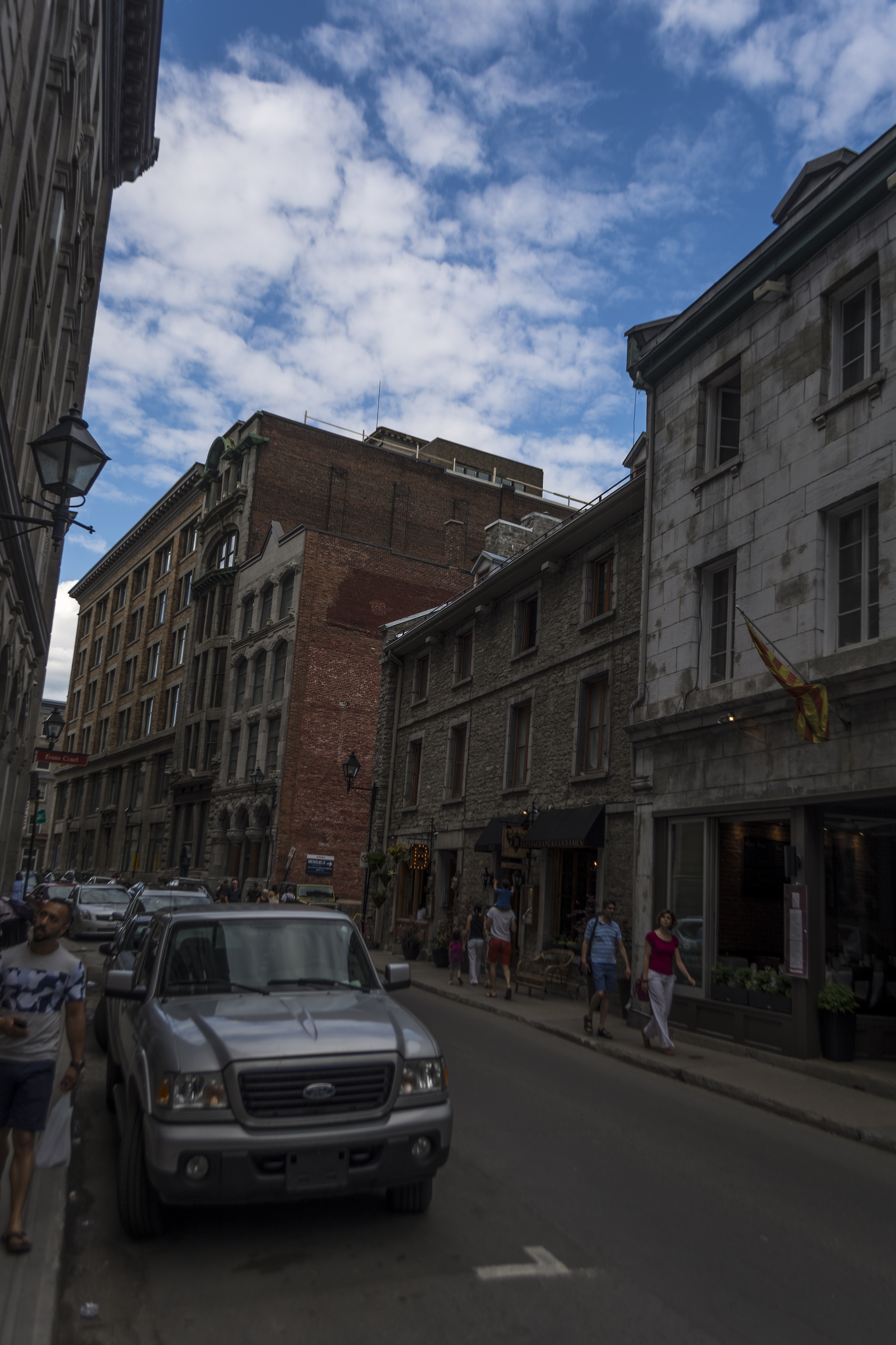 OLD MONTREAL ON THE FIRST WEEKEND OF JUNE27