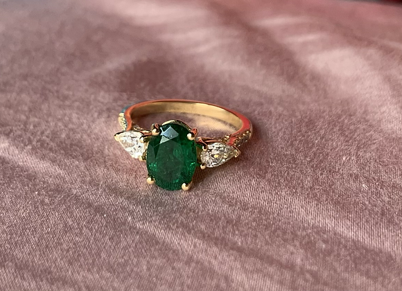 1.9ct Emerald and Pear diamond ring