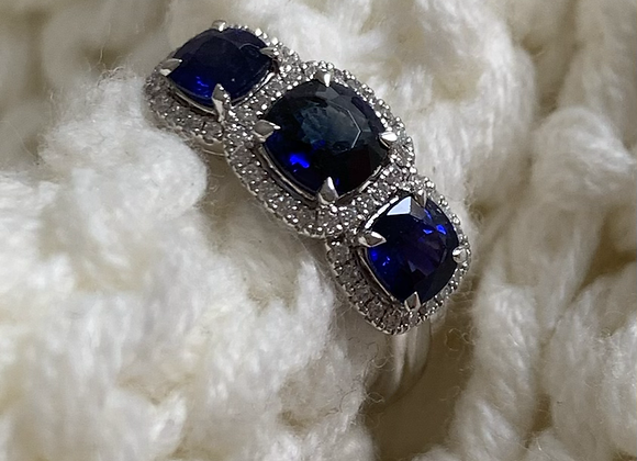 Cushion halo Sapphire trilogy ring
