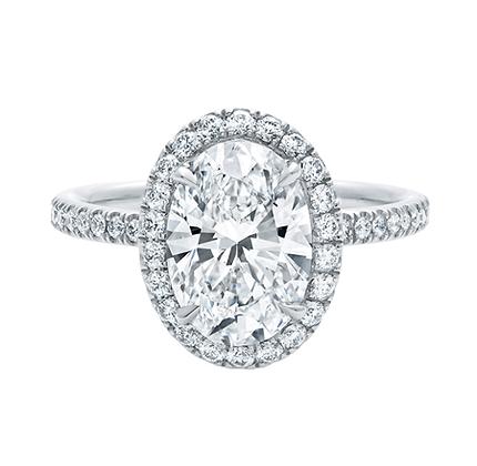 Oval halo diamond ring/floating halo