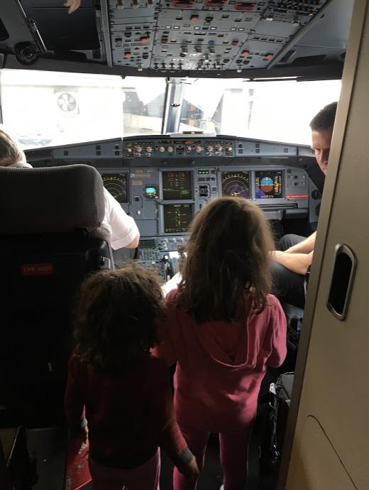Visitando a Cabine do Piloto
