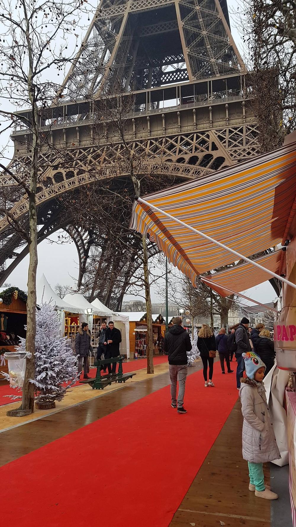 Marche de Noel do Champs de Mars
