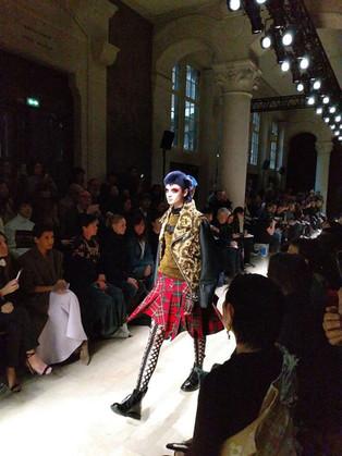 Comme des Garçons e Junya Watanabe na Paris Fashion Week