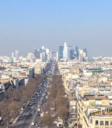 La Defense Lojas Abertas em Paris