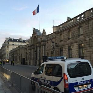 O que Fazer numa Emergência em Paris