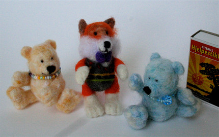 Every miniature fairytale bear is needle felted from pure new wool.