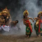 M0928900--Keris Dance - Barong dance.jpg