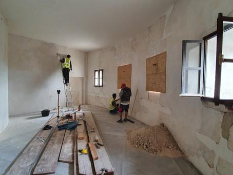 Uzavření zámku Humprechtu od 9. 8. 2021 do 15. 8. 2021