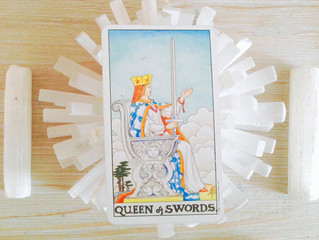 Energy Card for the Week Ahead: The Queen of Swords