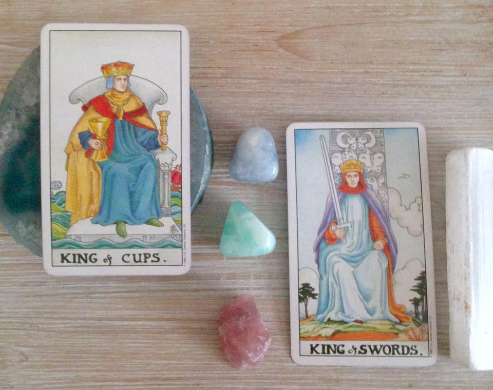 6 Of Pentacles And King Of Swords / 5 of pentacles tarot card meaning.