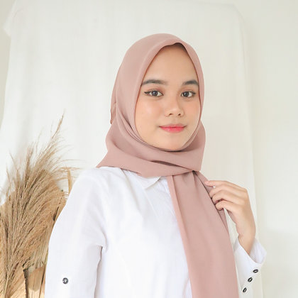 Hijab Square Premium Edition Light Salmon